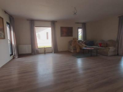 Casa individuala de inchiriat, 3 camere, semimobilata, prima inchiriere  - C1820
