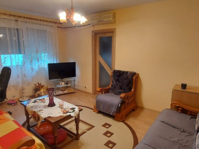 Apartament 2 camere, etaj 4, P-ta Doina - V1828