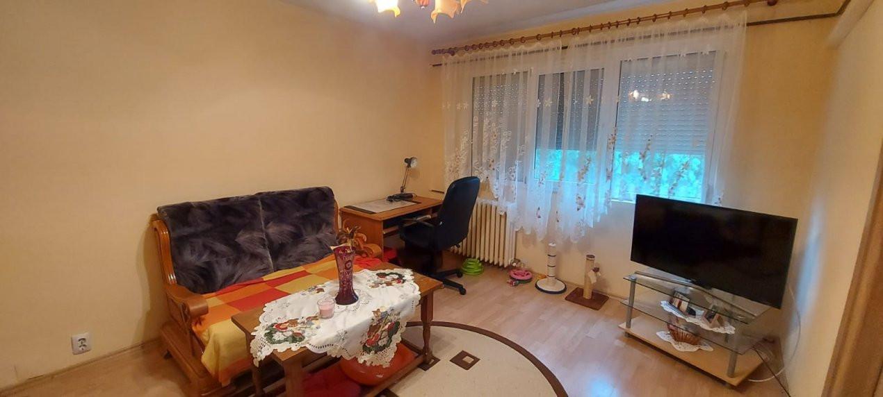 Apartament 2 camere, P-ta Doina - V1828 1
