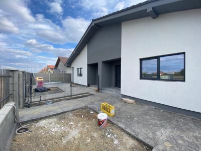 Duplex 90 mp Mosnita Noua cu Posibilitate Mansardare