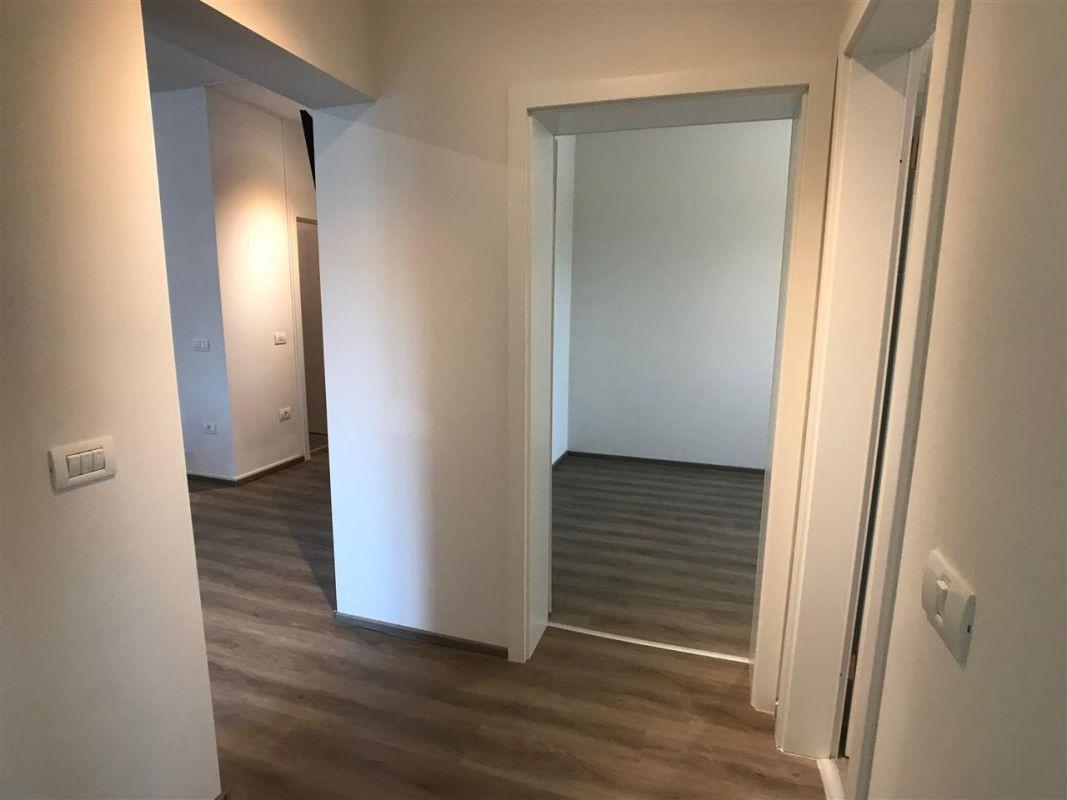 Apartament cu 3 camere - Girocului - ID C420 10