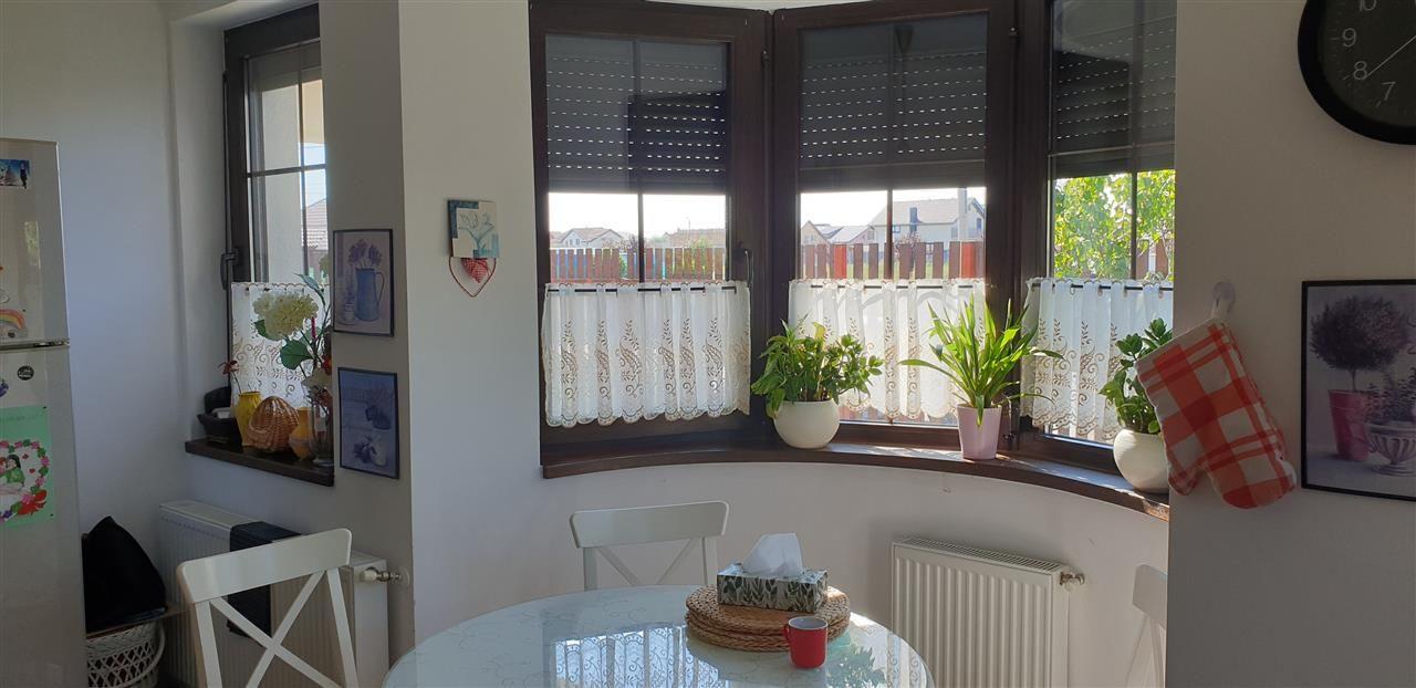 Casa individuala 3 camere de vanzare Mosnita Noua - ID V477 11