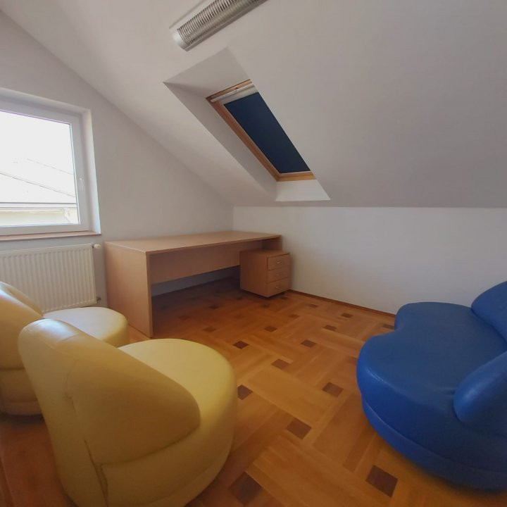 Casa individuala spatioasa, pretabil si pentru gradinita sau firme - C1861 4