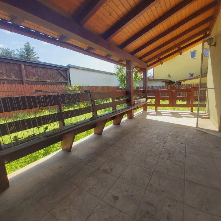 Casa individuala spatioasa, pretabil si pentru gradinita sau firme - C1861 11