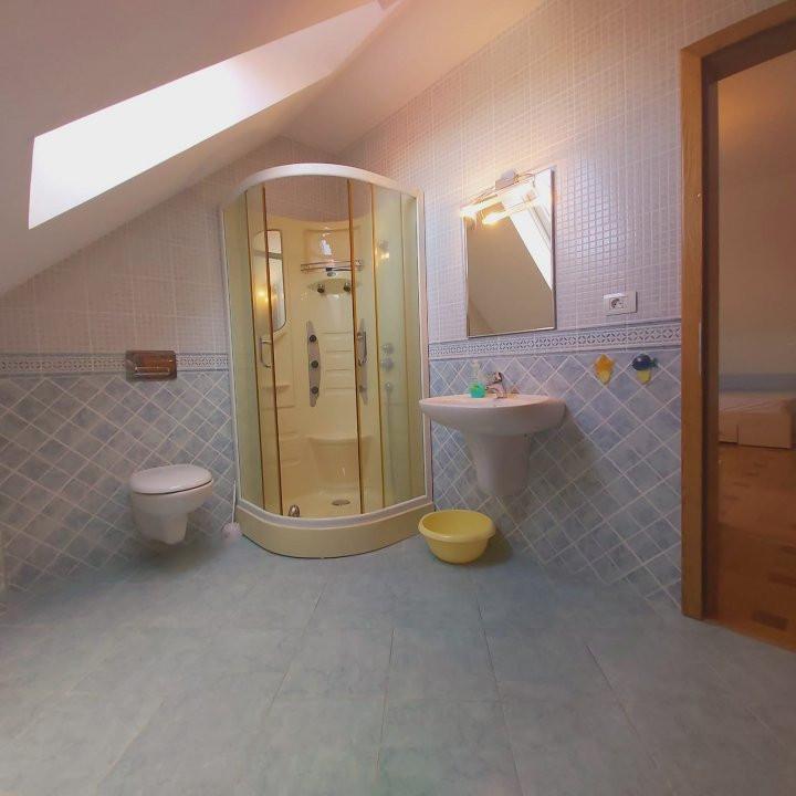 Casa individuala spatioasa, pretabil si pentru gradinita sau firme - C1861 16
