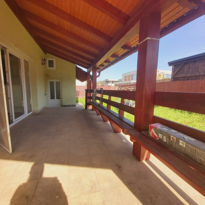 Casa individuala spatioasa, pretabil si pentru gradinita sau firme - C1861 22
