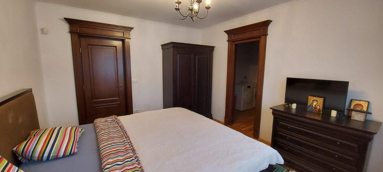 Casa de Lux, Sag  - V1866 17