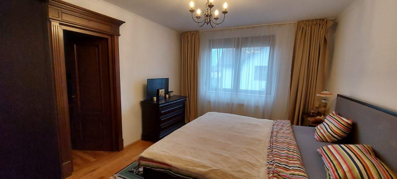 Casa de Lux, Sag  - V1866 18