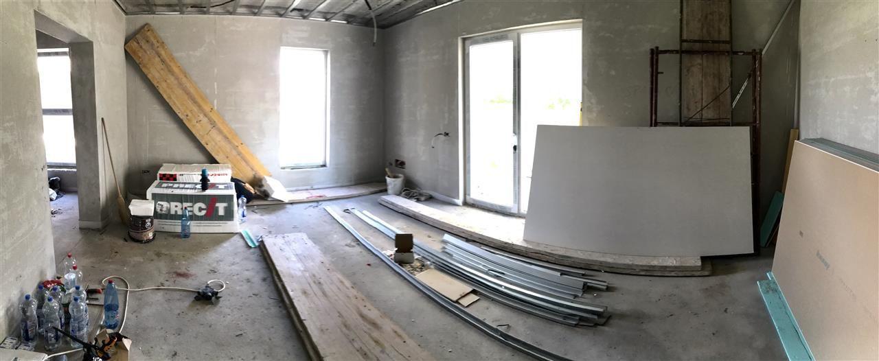 Jumatate de duplex cu 5 camere despartita prin garaj zona Dumbravita - ID V417 1