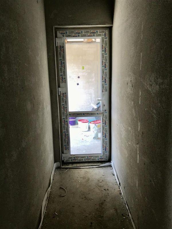 Jumatate de duplex cu 5 camere despartita prin garaj zona Dumbravita - ID V417 14