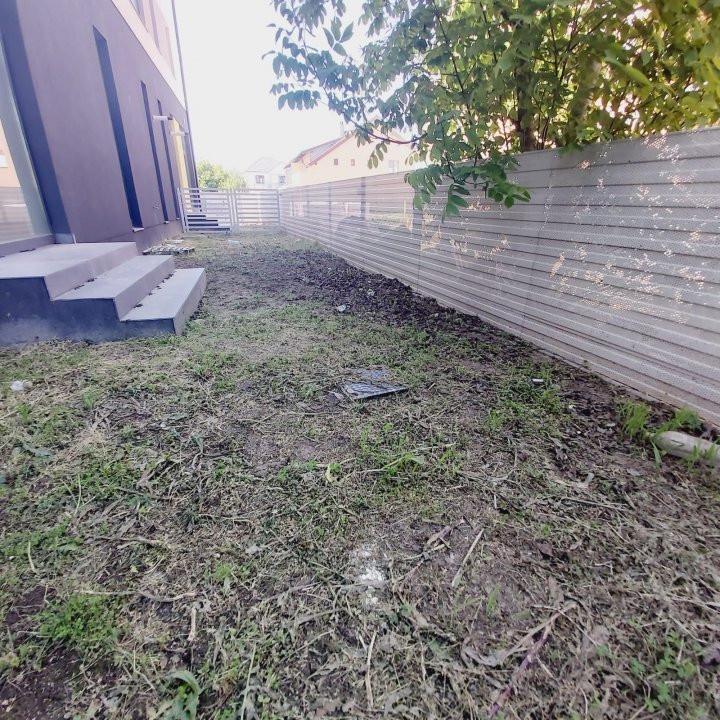 Spatii comerciale la parter cu gradina, zona in dezvoltare, Cora - C1976 16