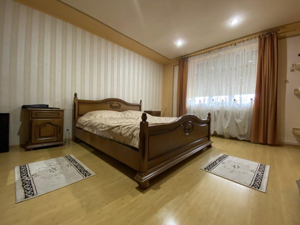 Casa individuală Mosnița Nouă + 2 Apartamente Zonă Centrală 2