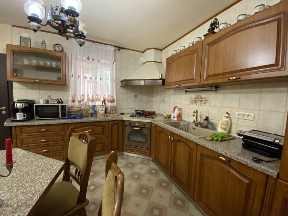 Casa individuală Mosnița Nouă + 2 Apartamente Zonă Centrală 9