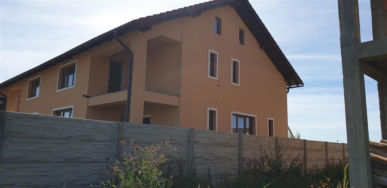 Duplex 5 camere de vanzare Mosnita Noua - ID V446 1