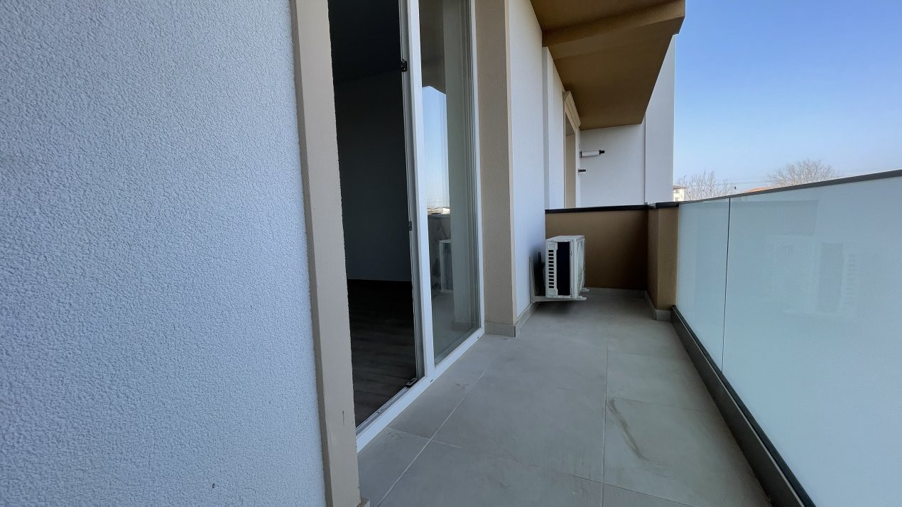 Apartament 1 camera etaj 3 LIDL - Giroc - ID V403 7