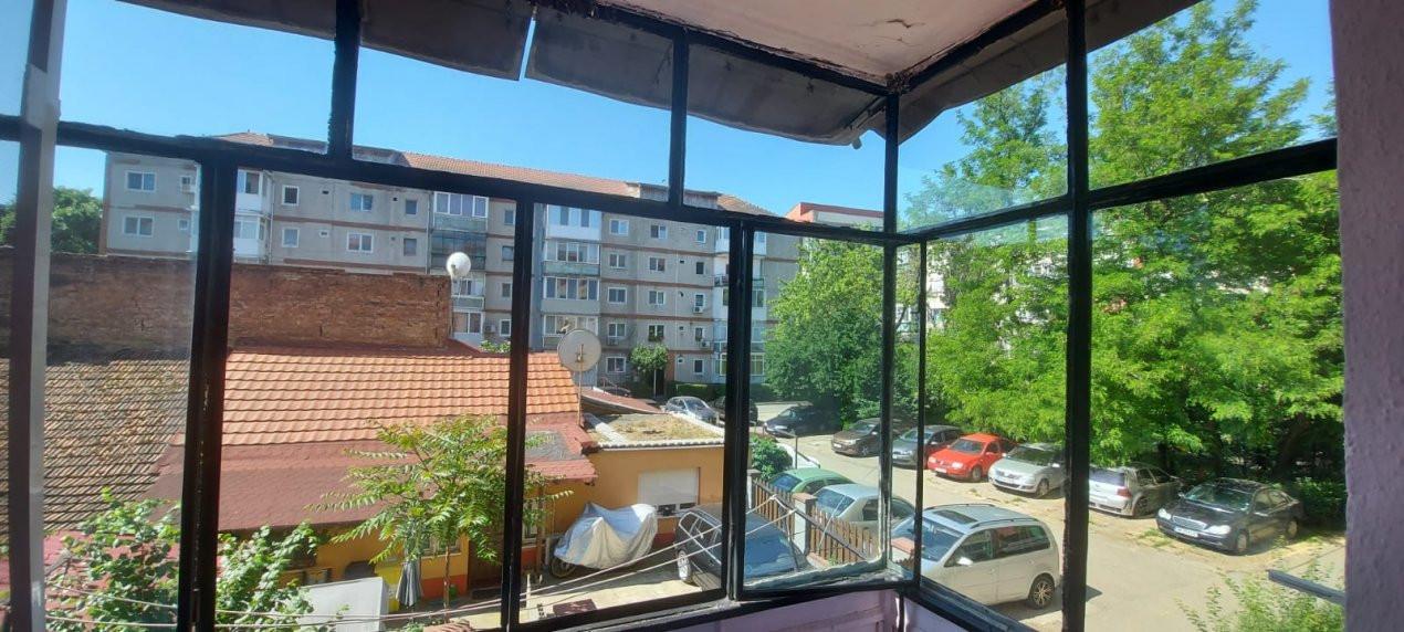 Apartament, 3 camere, etaj 1, zona Sagului - V2017 13