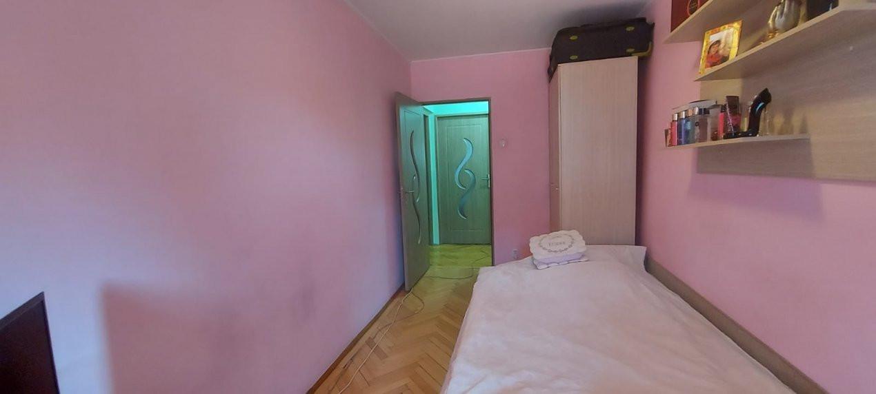 Apartament, 3 camere, etaj 1, zona Sagului - V2017 15