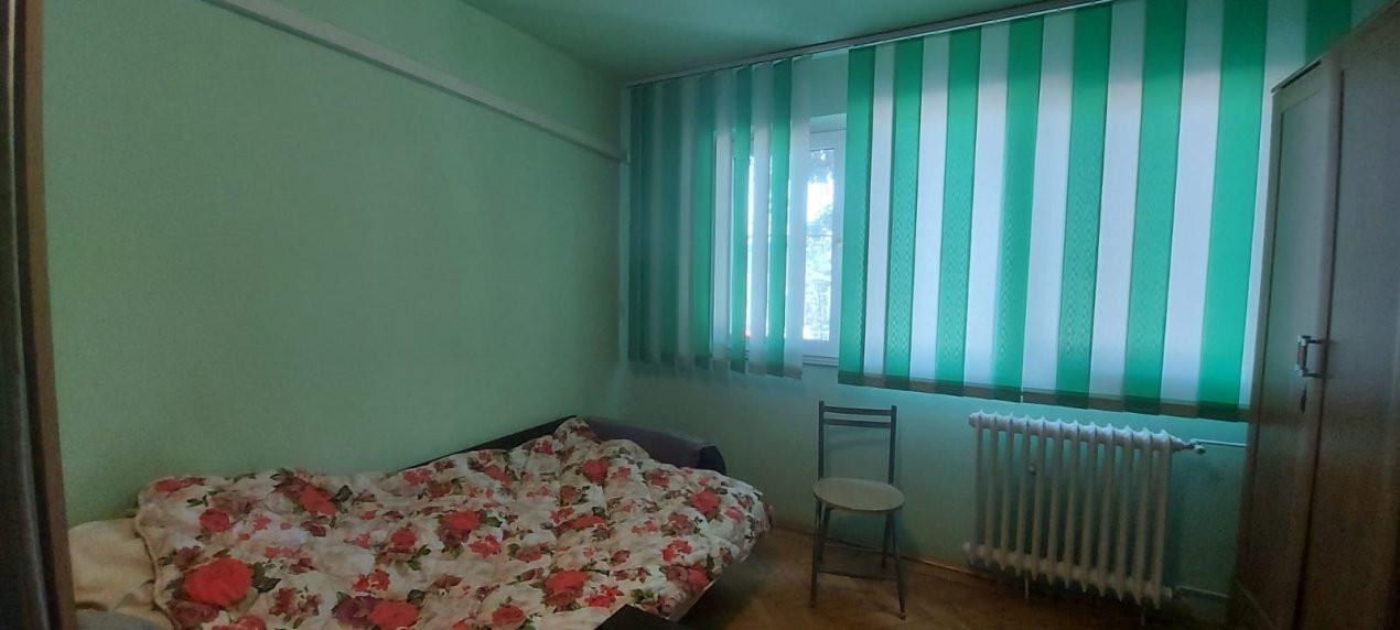 Apartament, 3 camere, etaj 1, zona Sagului - V2017 18