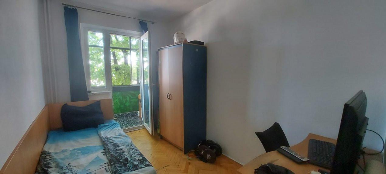 Apartament, 3 camere, etaj 1, zona Sagului - V2017 19