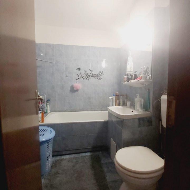 Se vinde apartament 2 camere nemobilat, Lipovei - V2020 12