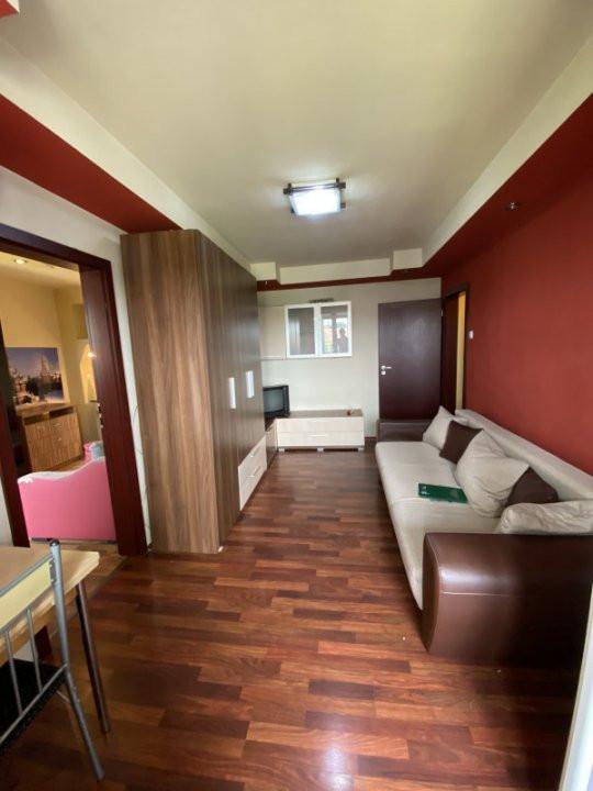 Apartament cu 2 camere, semidecomandat, de vanzare, in Timisoara. 2