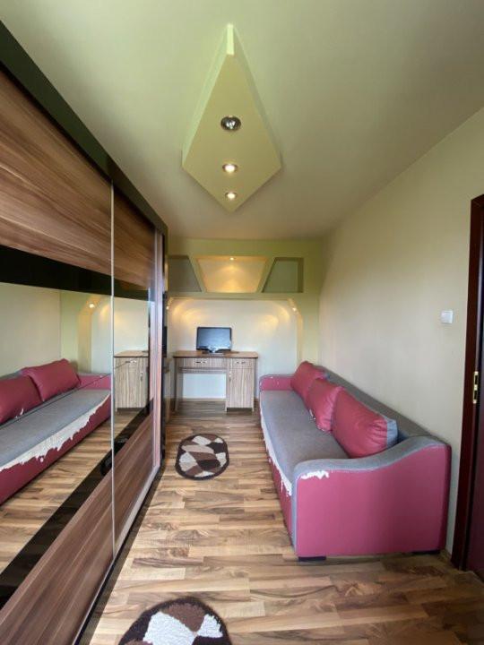 Apartament cu 2 camere, semidecomandat, de vanzare, in Timisoara. 3