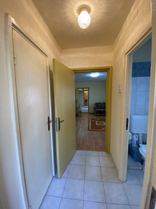 Apartament cu 3 camere, semidecomandat, de vanzare, in Timisoara, zona Dacia. 10