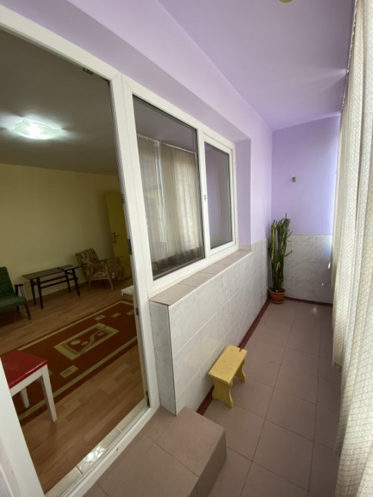 Apartament cu 3 camere, semidecomandat, de vanzare, in Timisoara, zona Dacia. 11