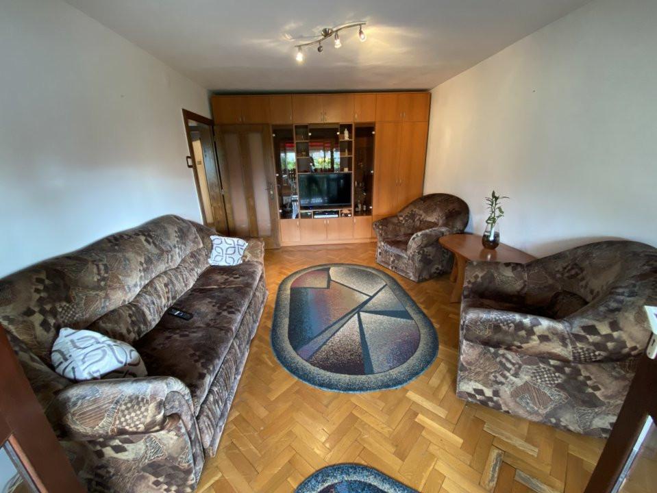 Apartament cu 3 camere, decomandat, de vanzare, in Timisoara. 3