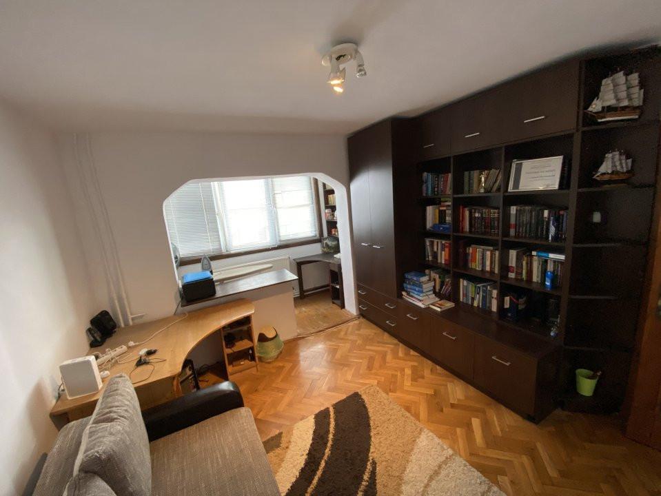 Apartament cu 3 camere, decomandat, de vanzare, in Timisoara. 6