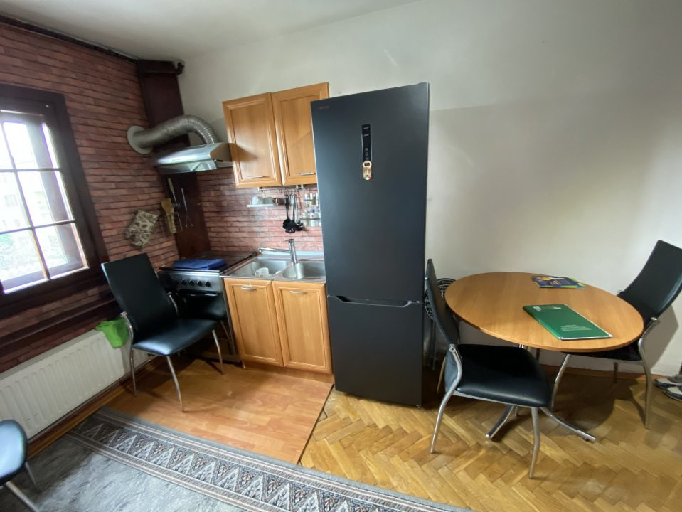 Apartament cu 3 camere, decomandat, de vanzare, in Timisoara. 12