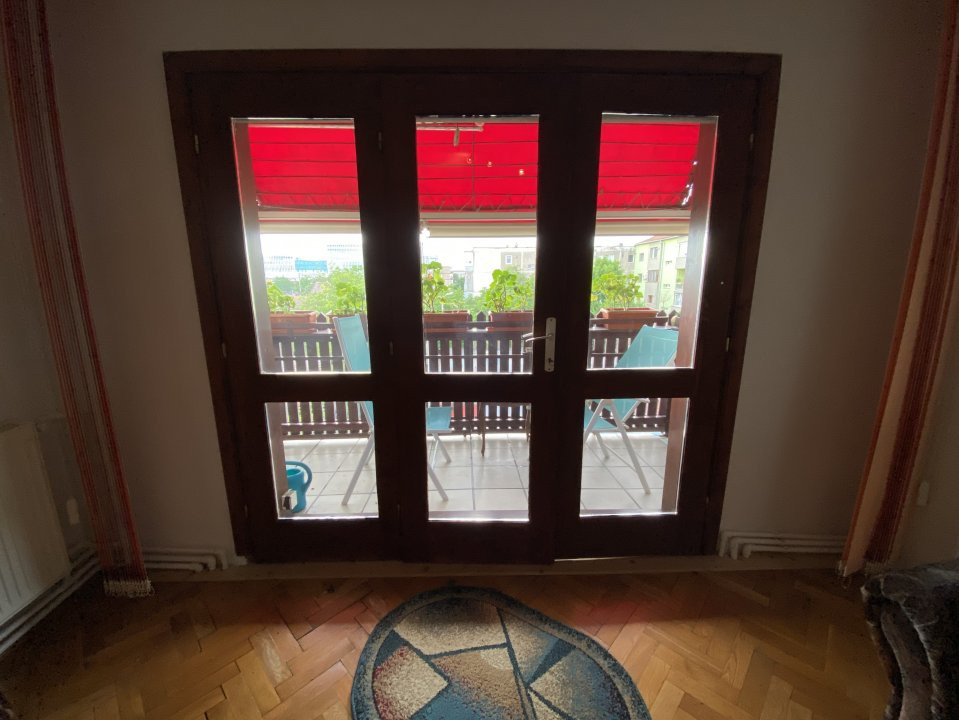 Apartament cu 3 camere, decomandat, de vanzare, in Timisoara. 14
