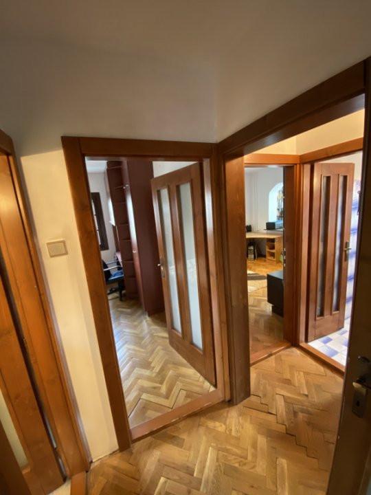 Apartament cu 3 camere, decomandat, de vanzare, in Timisoara. 17