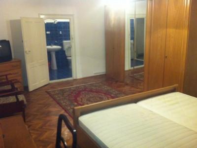 Apartament de vanzare, 2 camere - V2059