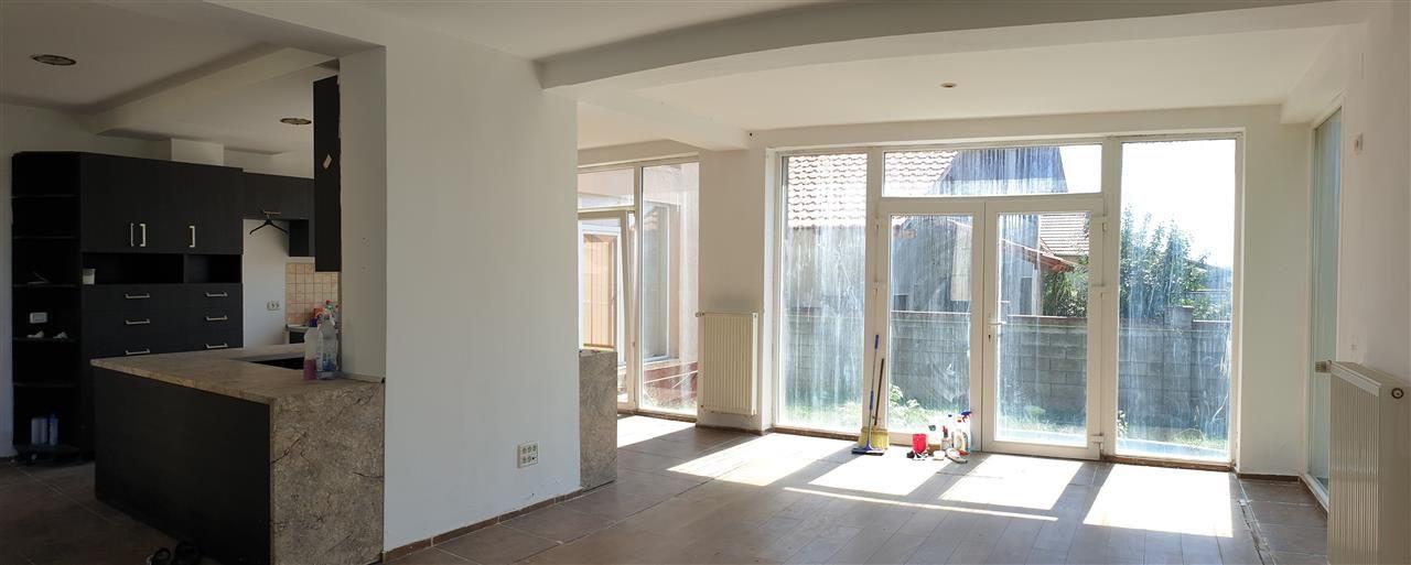 Casa individuala 7 camere de vanzare Mosnita Noua - ID V445 9