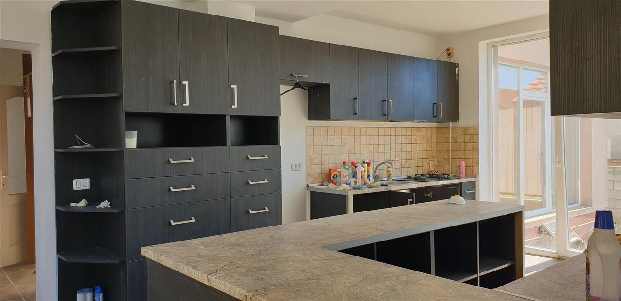 Casa individuala 7 camere de vanzare Mosnita Noua - ID V445 12