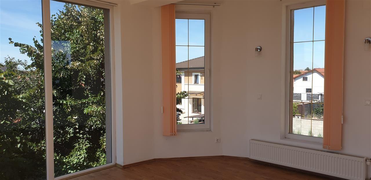 Casa individuala 7 camere de vanzare Mosnita Noua - ID V445 14