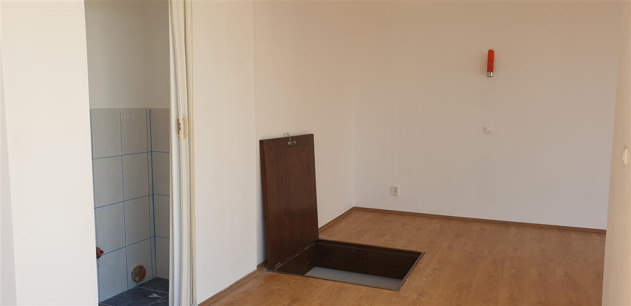 Casa individuala 7 camere de vanzare Mosnita Noua - ID V445 23