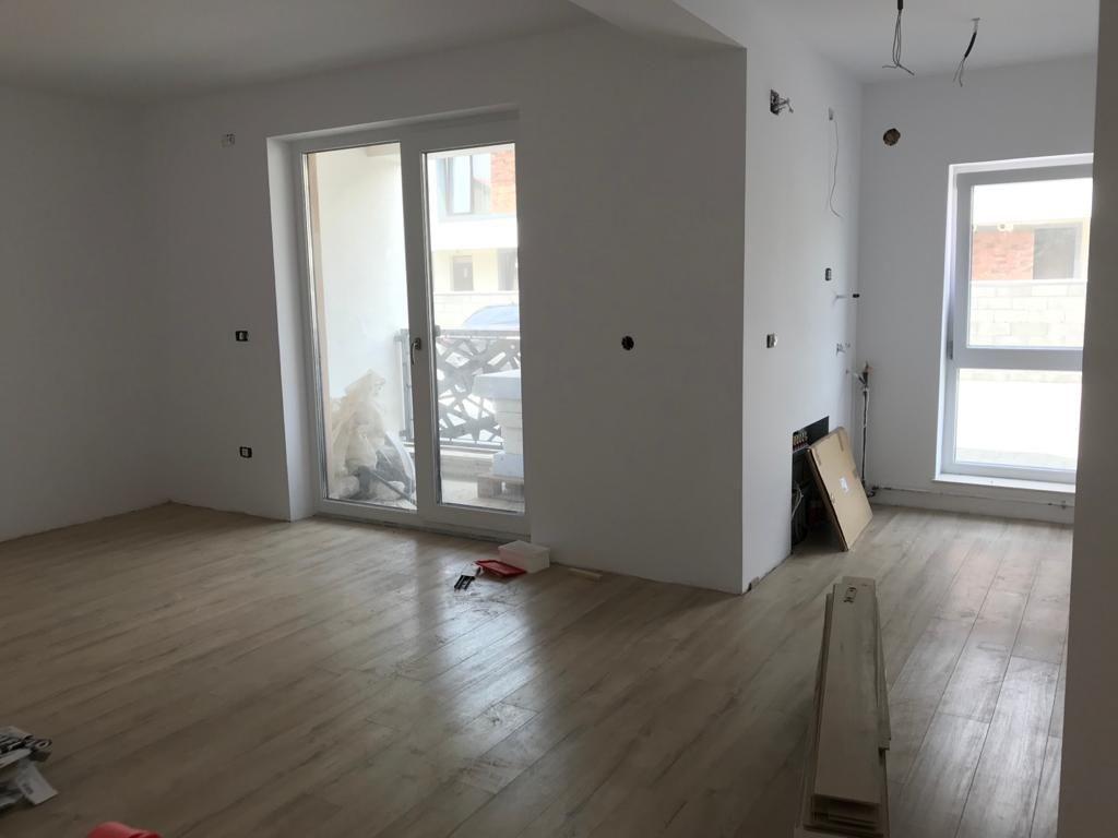 Apartament 2 camere in bloc tip vila Giroc - ID V391 4