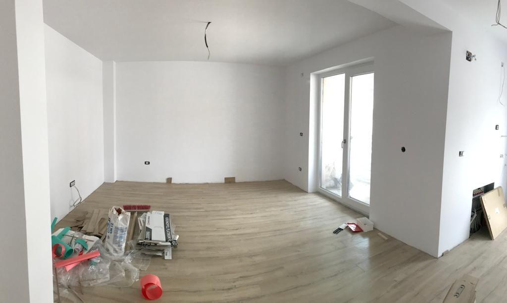 Apartament 2 camere in bloc tip vila Giroc - ID V391 3