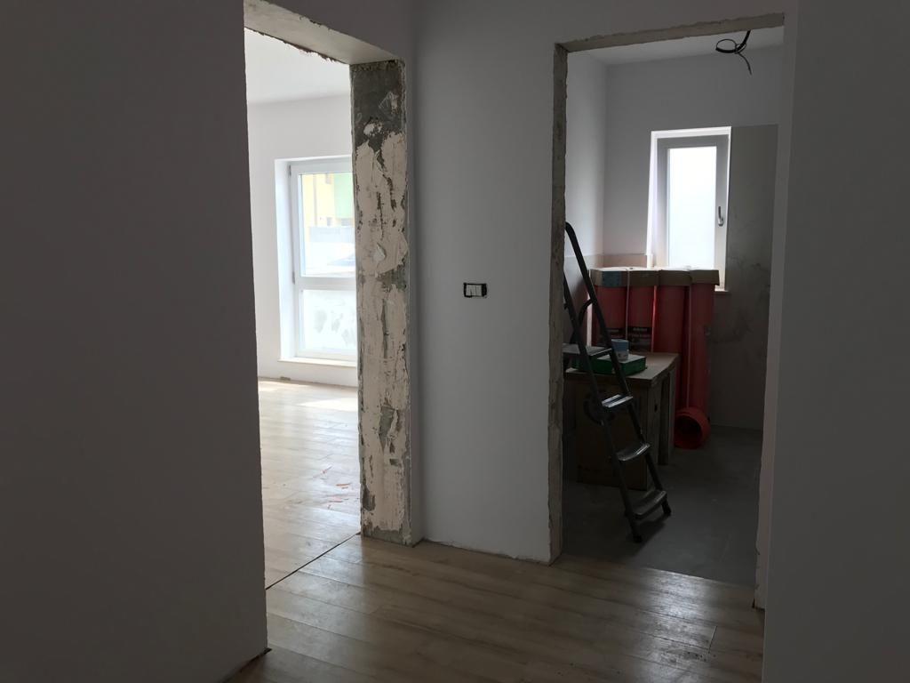 Apartament 2 camere in bloc tip vila Giroc - ID V391 8