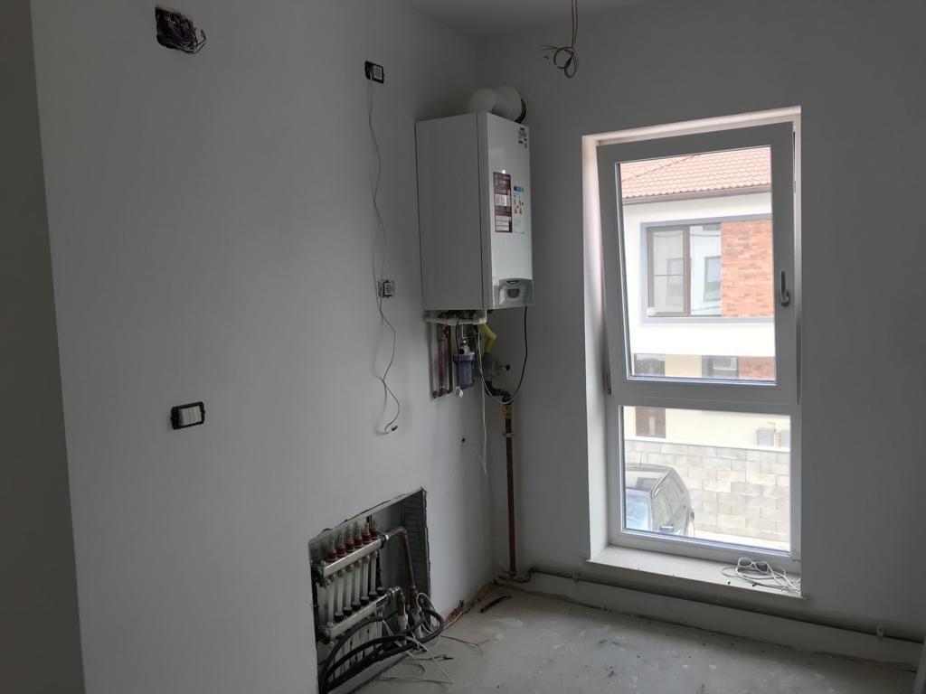 Apartament 2 camere in bloc tip vila Giroc - ID V391 11