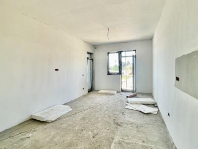 Apartament cu trei camere in Zona CENTRALA - Giroc