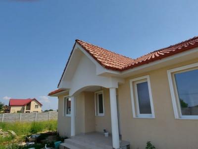 Casa individuala, parter, teren 616mp, Sag, zona Manastire - V2220