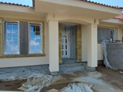 Duplex 3 camere, parter, 420mp teren, Sag, zona Manastire  - V2223