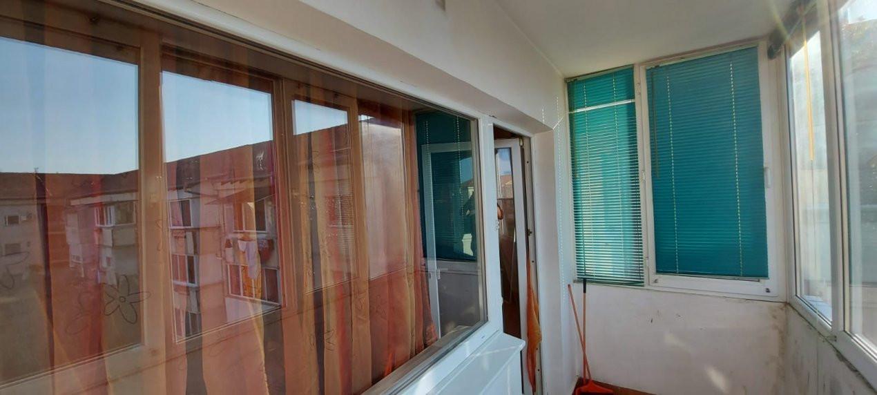 Apartament 2 camere, 2 balcoane, decomandat, zona Steaua - V2268 13