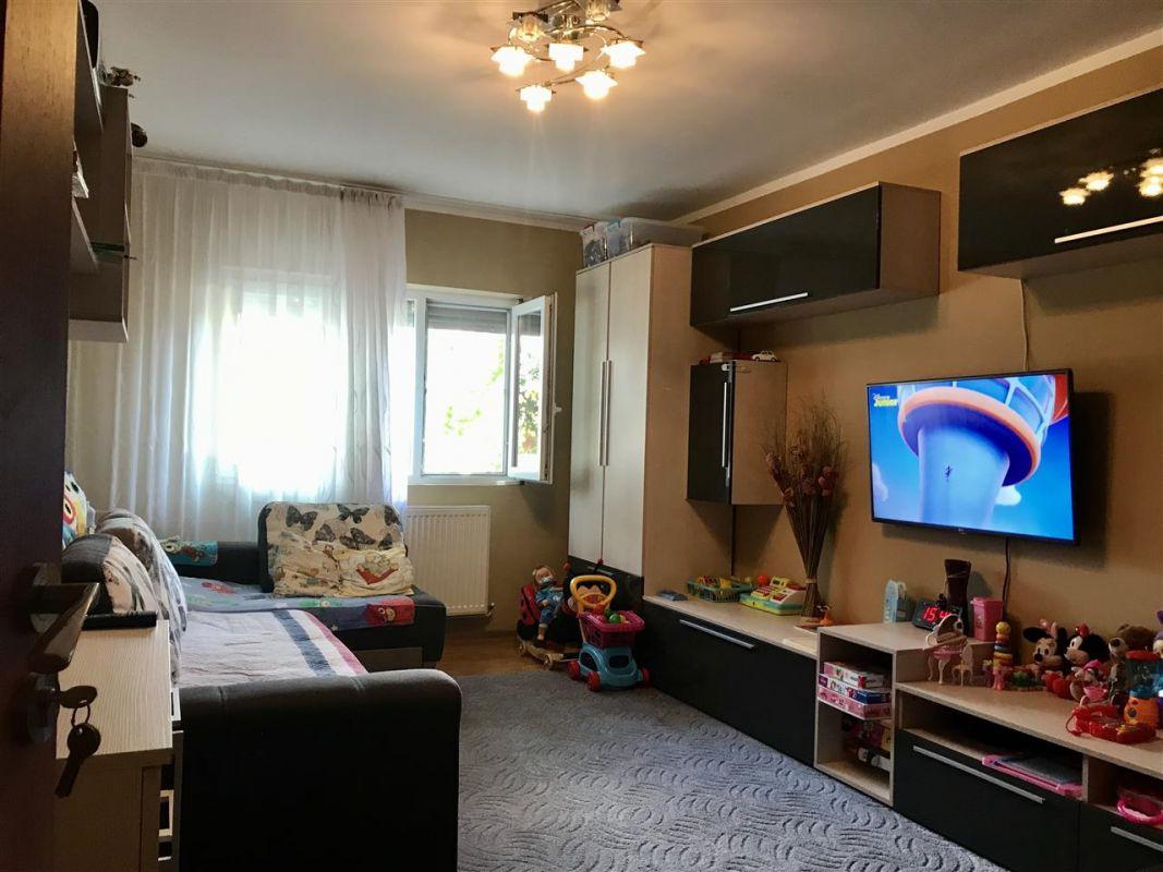 Apartament 2 camere,de vanzare, zona Lipovei - ID V378 2