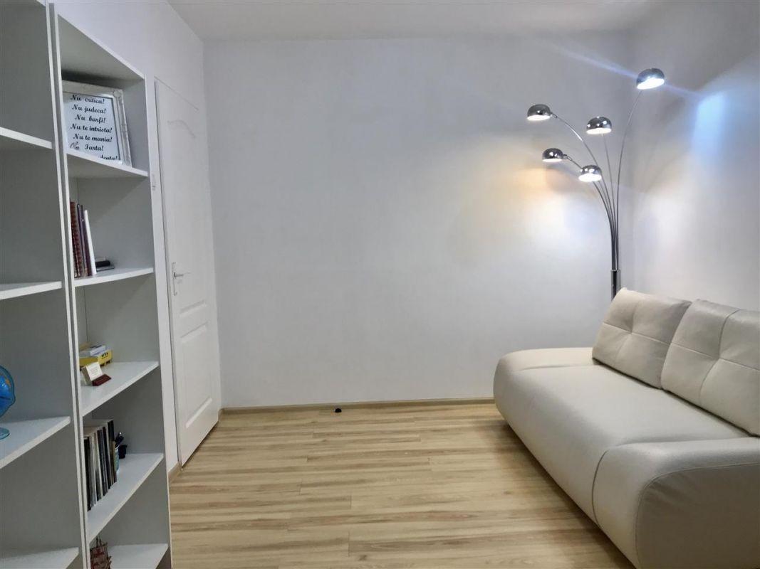 Apartament 2 camere de vanzare zona Dacia - ID V377 2