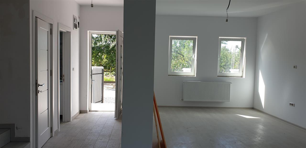 Casa tip duplex 4 camere de vanzare Mosnita Noua - ID V442 4