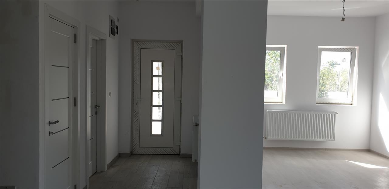 Casa tip duplex 4 camere de vanzare Mosnita Noua - ID V442 7